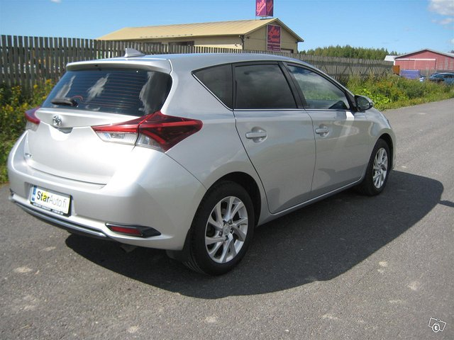 Toyota Auris Active 6