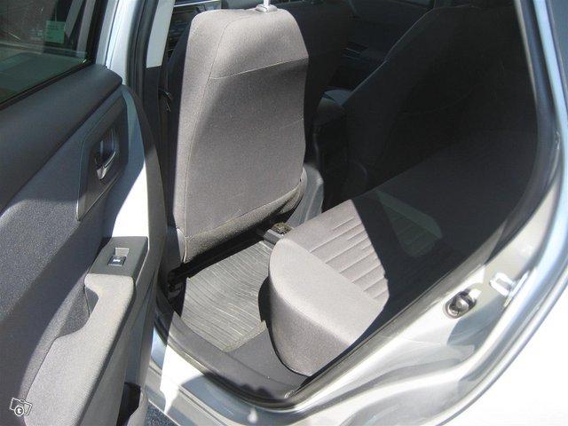 Toyota Auris Active 8