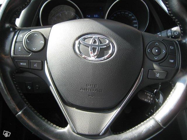 Toyota Auris Active 14
