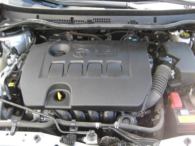 Toyota Auris Active 18
