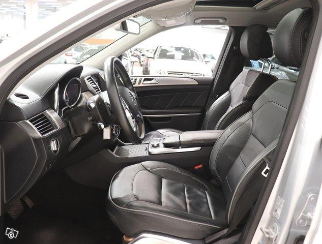 Mercedes-Benz GL 15