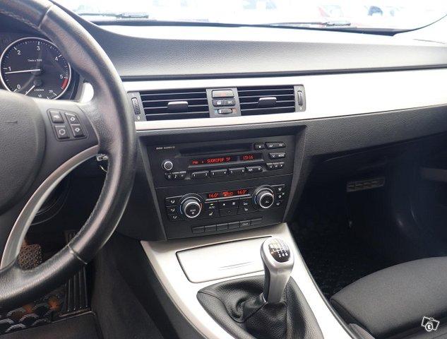 BMW 318d 11