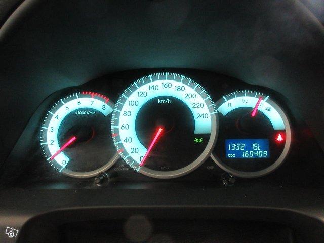 Toyota Corolla Verso 10