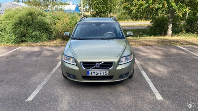 Volvo V50 1