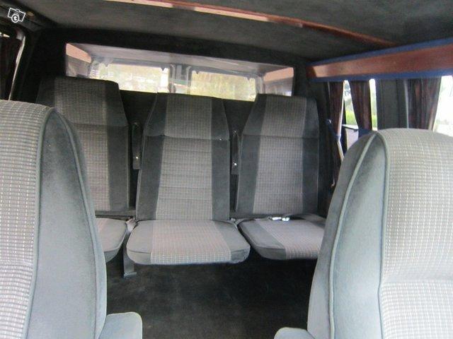 Chevrolet Astro 12