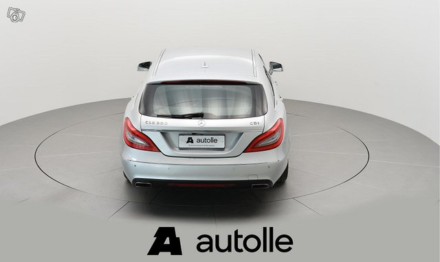 Mercedes-Benz CLS 6