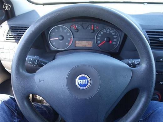 Fiat STILO 7