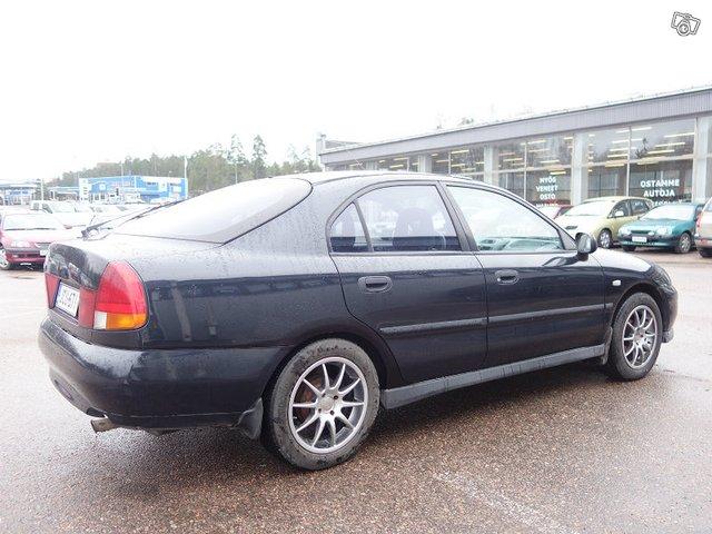 Mitsubishi CARISMA 3