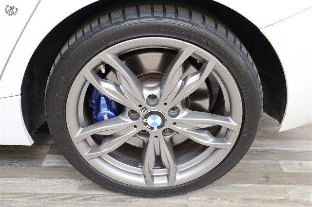 BMW M135i 21