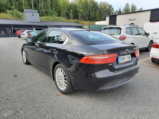 Jaguar XE 3