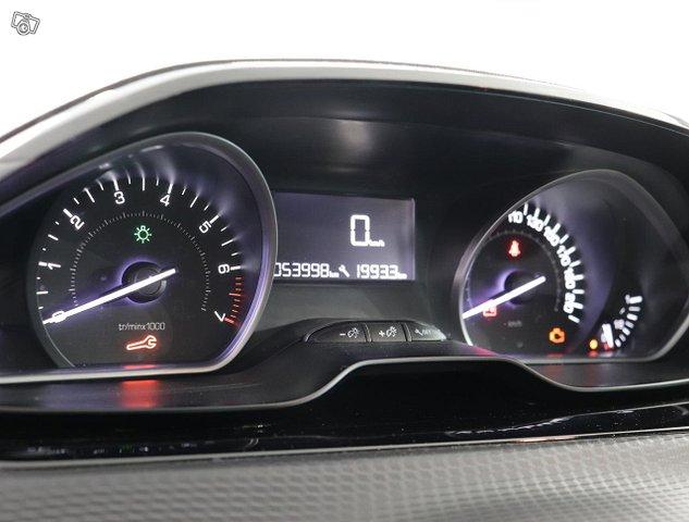 Peugeot 2008 12