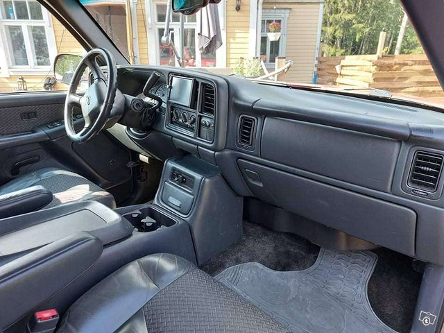 Chevrolet Avalanche 13