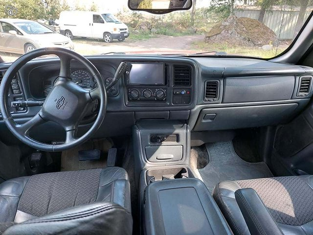 Chevrolet Avalanche 14