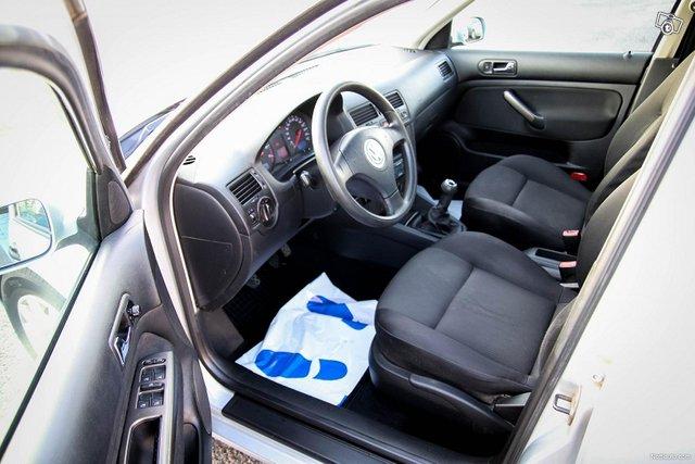 Volkswagen Bora 24