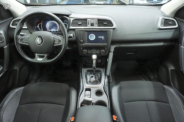 Renault Kadjar 12