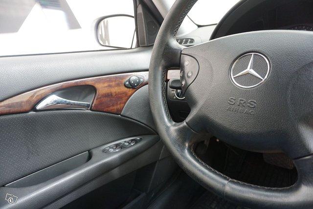 Mercedes-Benz E 16