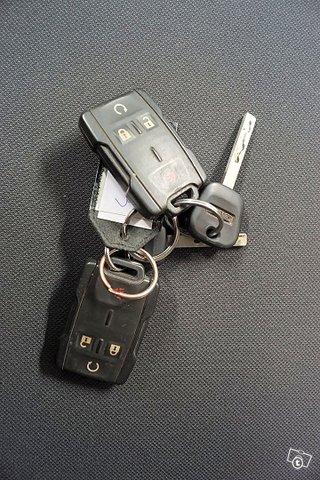 Chevrolet Silverado 20