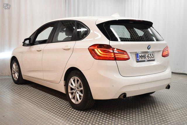 BMW 220 5