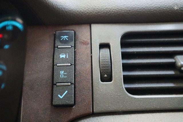 Chevrolet Silverado 19