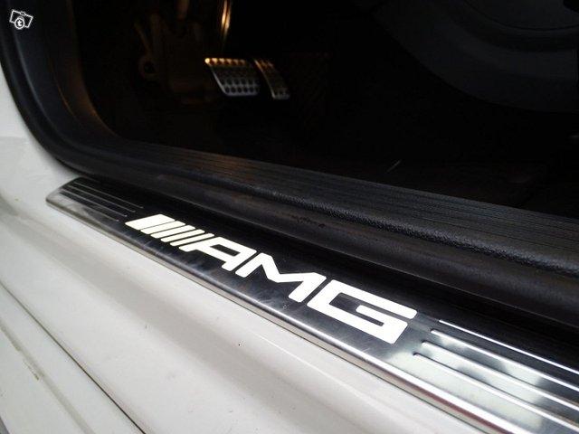 Mercedes-Benz CLA 45 AMG 11