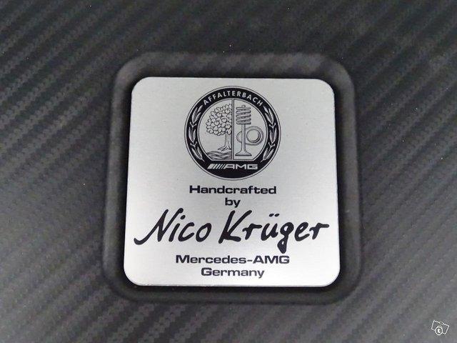 Mercedes-Benz CLA 45 AMG 19