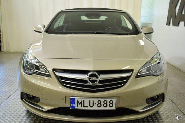 Opel Cascada 8