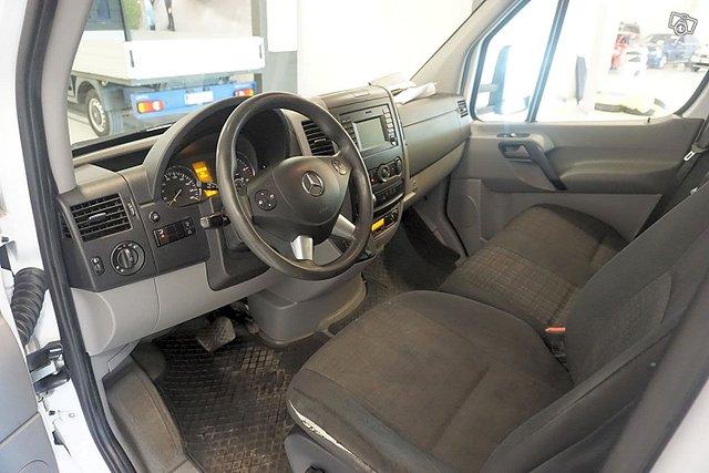 Mercedes-Benz Sprinter 16