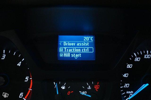 Ford Tourneo Custom 19