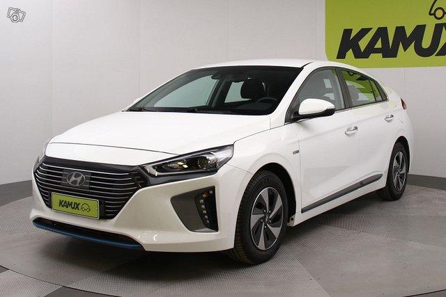 Hyundai Ioniq Hybrid 8