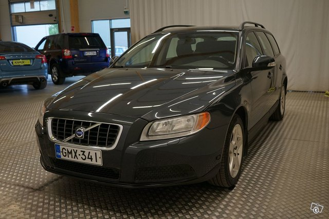 Volvo V70 6