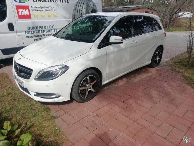 Mercedes-Benz B 3