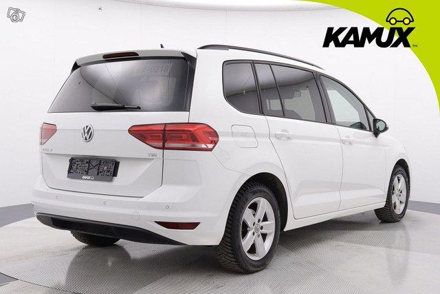 Volkswagen Touran 4