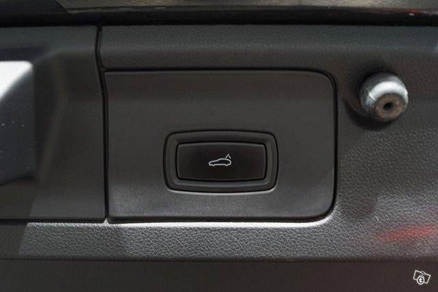 Porsche Panamera 25