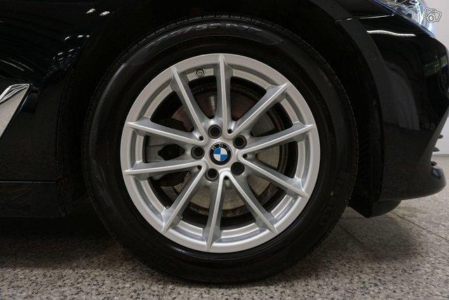 BMW 518 22