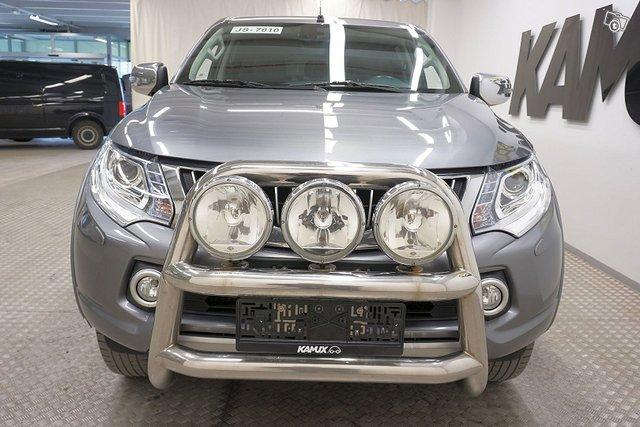 Mitsubishi L 200 8