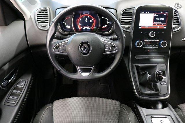 Renault Scenic 13