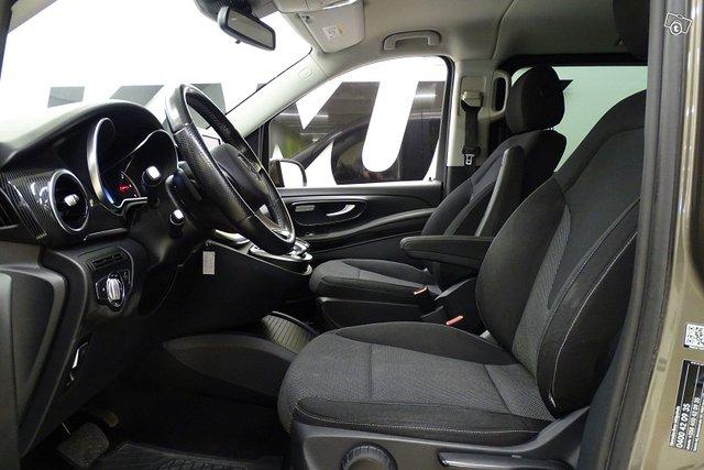 Mercedes-Benz V 11