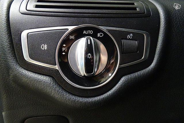 Mercedes-Benz V 20