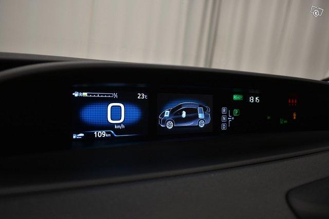Toyota PRIUS 19