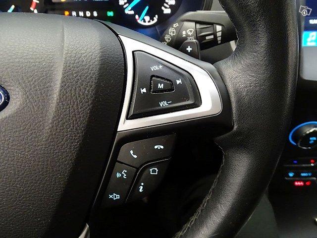 Ford Galaxy 23