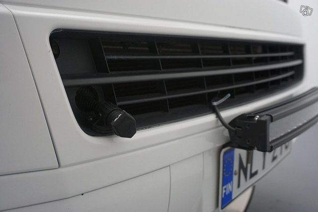 Volkswagen Caravelle 17