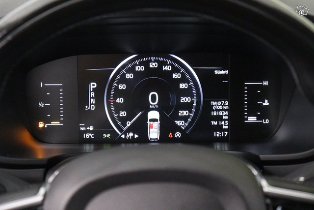 Volvo V90 Cross Country 19