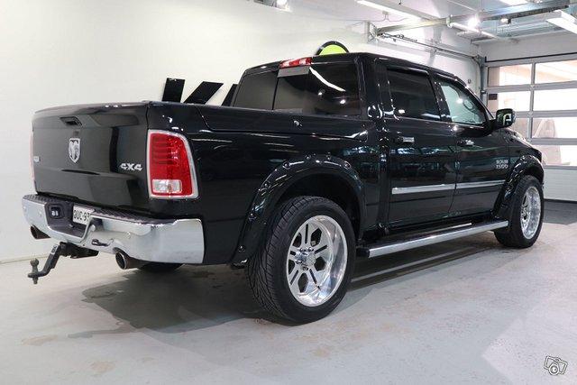 Dodge Ram 4