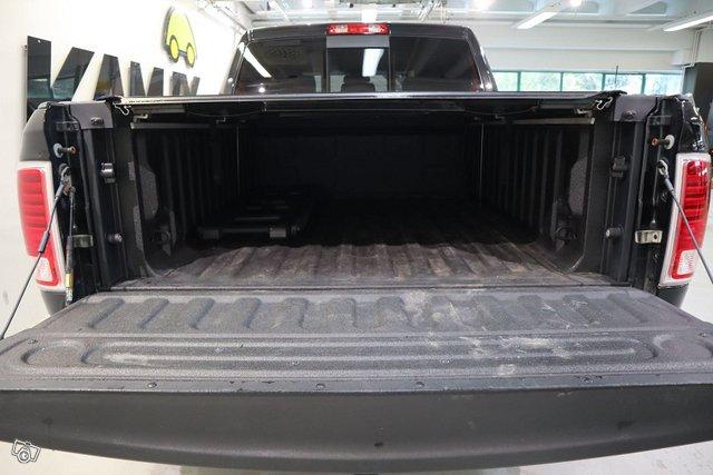 Dodge Ram 24