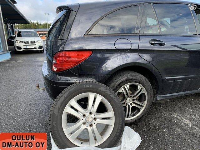 Mercedes-Benz R 2