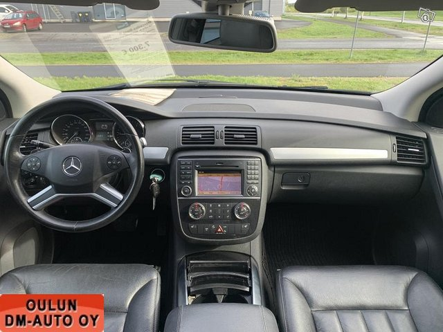Mercedes-Benz R 15
