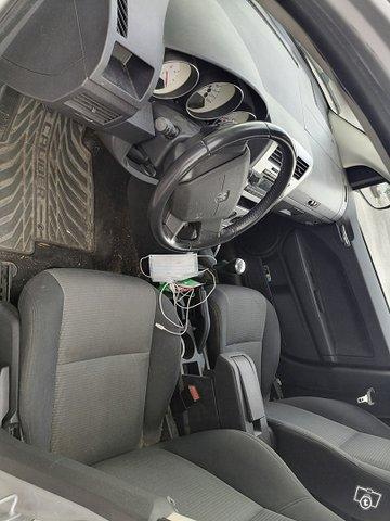 Dodge Caliber 7