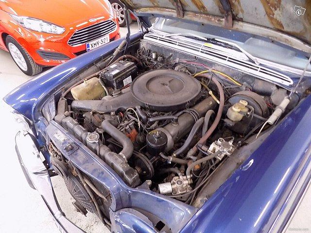 Mercedes-Benz SEL 12