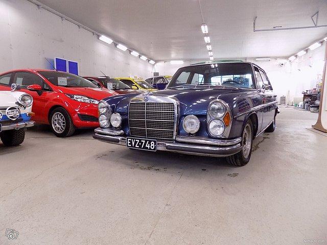 Mercedes-Benz SEL 13