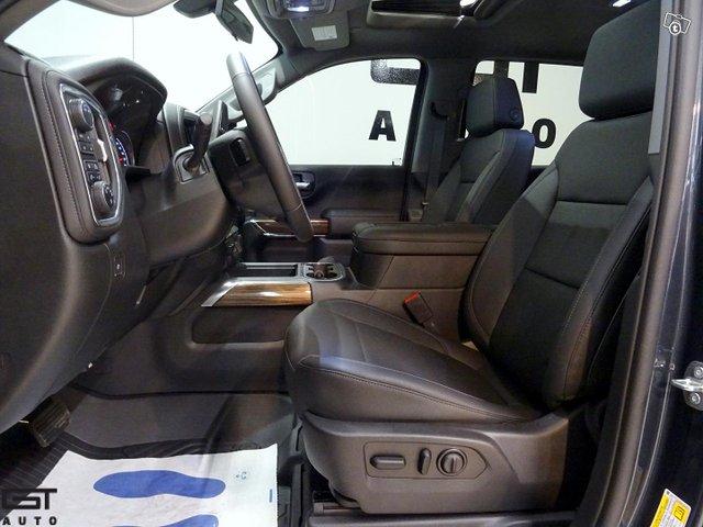 Chevrolet Silverado 11